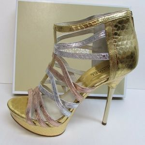 Michael Kors Size 9 Leather Strappy Gold Rose